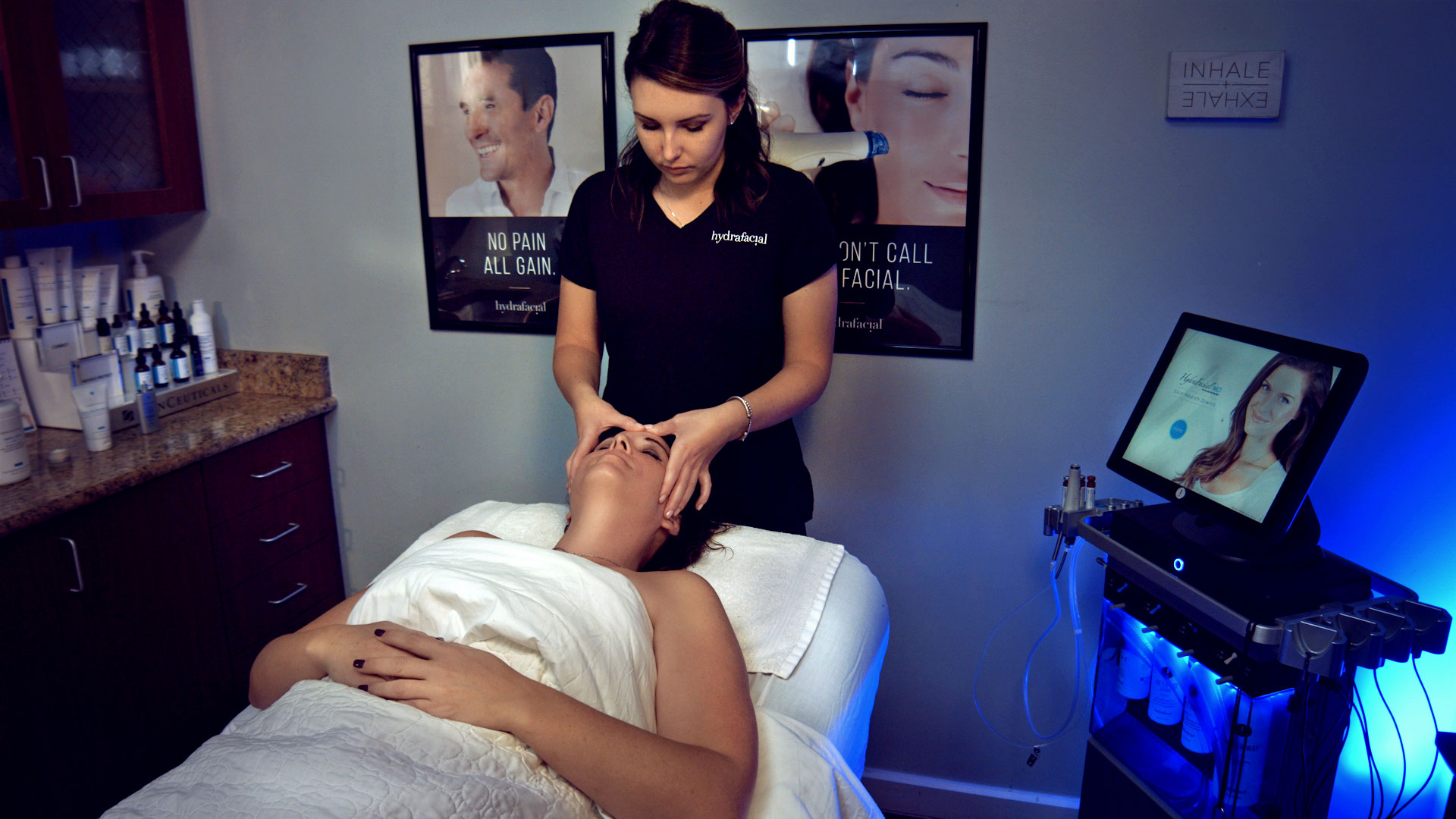 HydraFacial Treatment Photography Performed by Redmonkie in Fort Myers, FL.