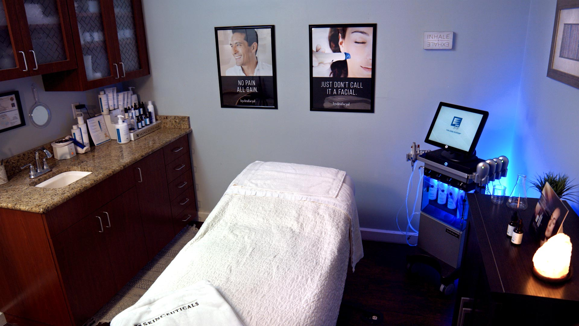 HydraFacial Treatment. Professional Photographer in Fort Myers, FL