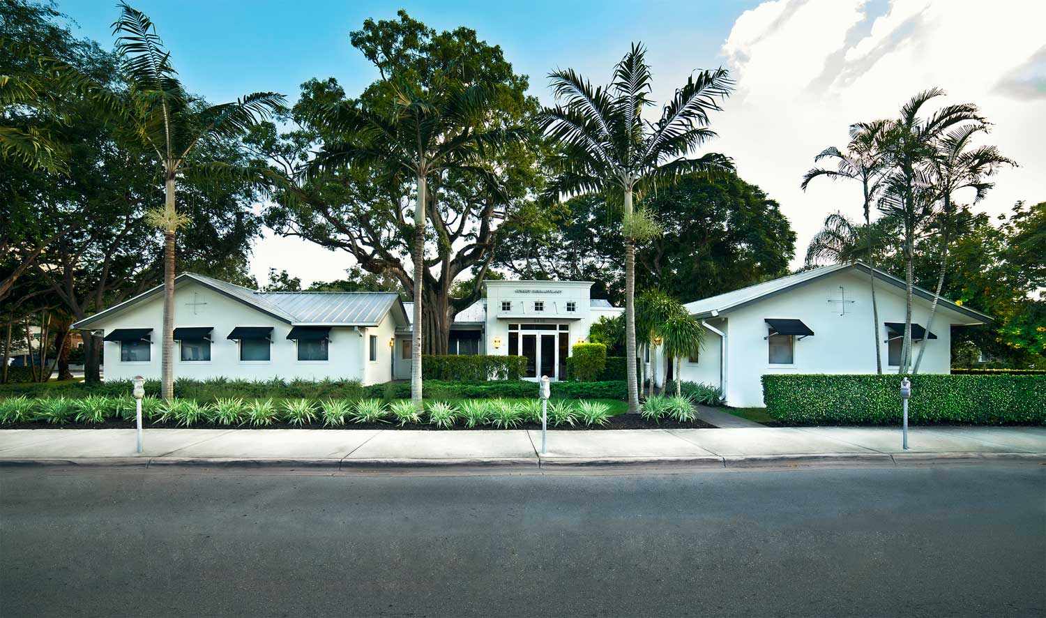 Exterior establishment photo in South Miami, Florida for Sunset Dermatology.